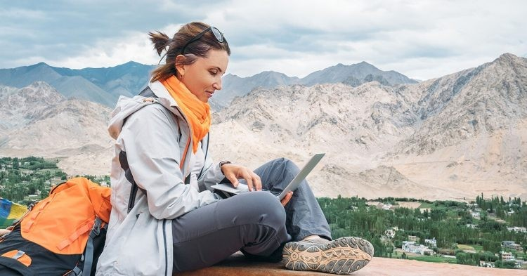 remote-work-trends-in-2020-750x393-1618015636.jpeg